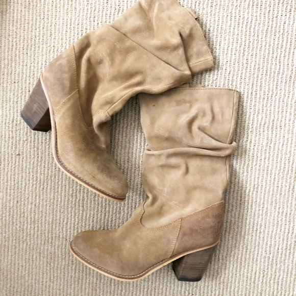 Crown Vintage suede boots